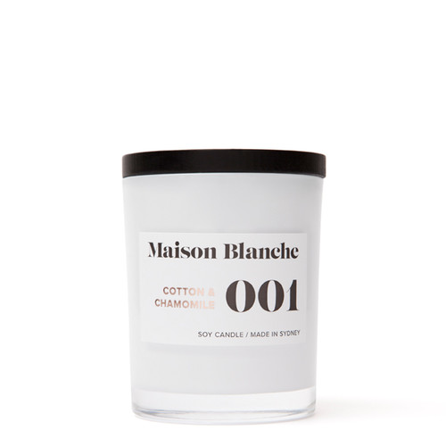 001 Cotton & Chamomile / Medium Candle